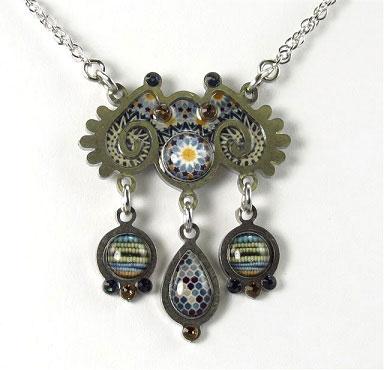 Yoolie Sunflower Necklace