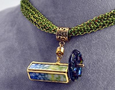 Light Green Kaleidoscope Necklace