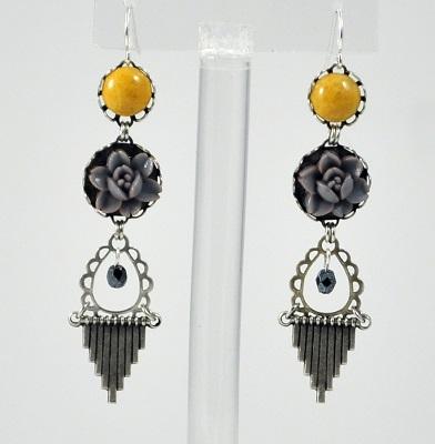 Grey-Yellow Vintage Chandelier Earring