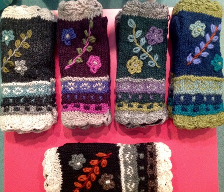 Floral Reed Fingerless Gloves