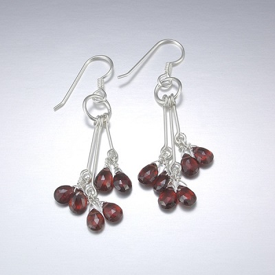 Utopia Drop Earrings - Garnet